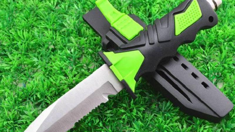 Professzionális búvár kés