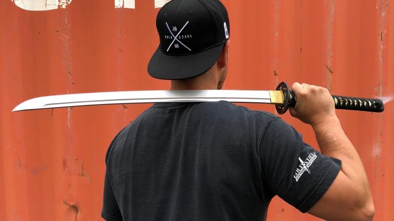 Tőrök és kardok