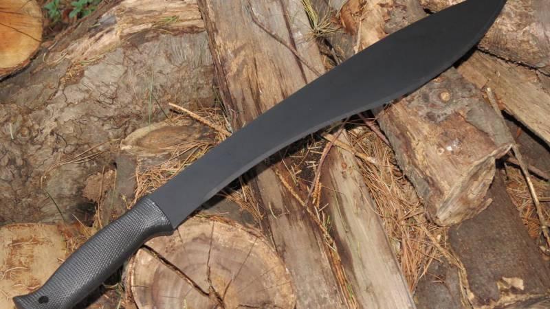 Machete és bozótvágó kés