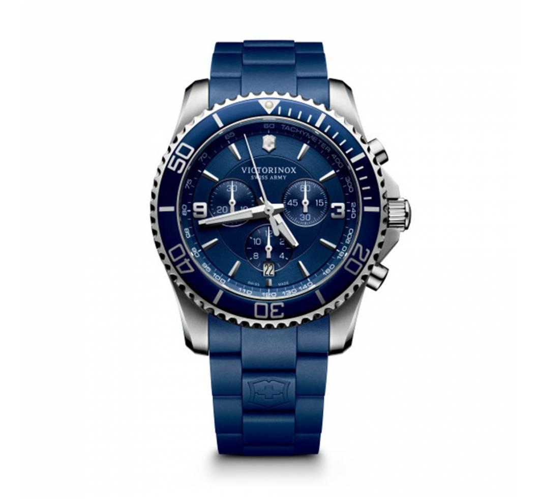 Victorinox Maverick Chronograph kék számlappal 642504dd57